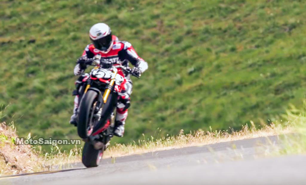 Ducati Streetfighter V4 hoàn thiện đợi ngày công bố giá bán