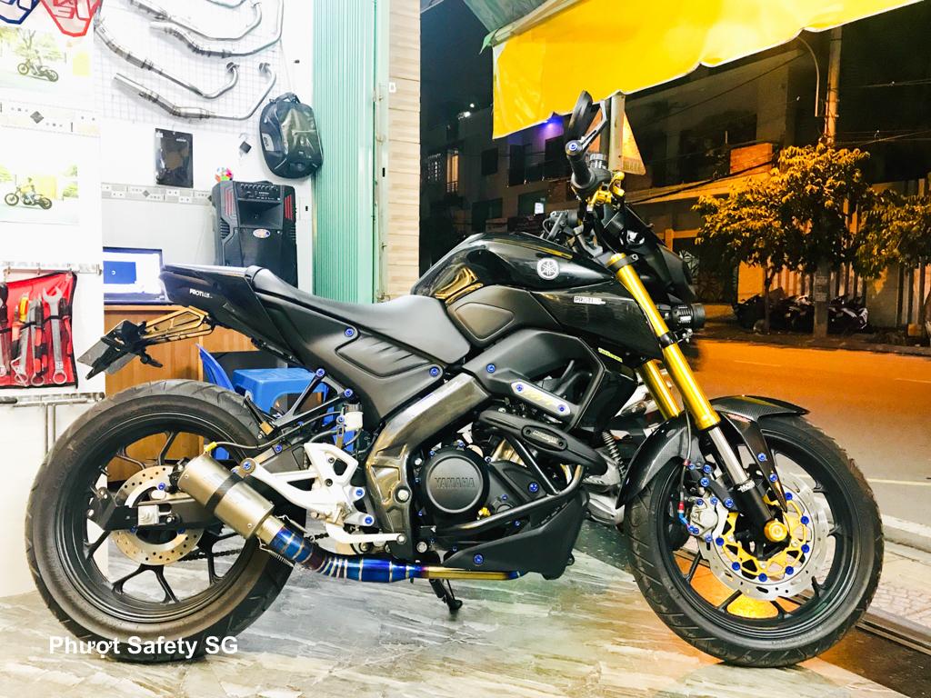 Yamaha MT-15 độ cực chất hơn 40 triệu kèm pô SC Full Titanium