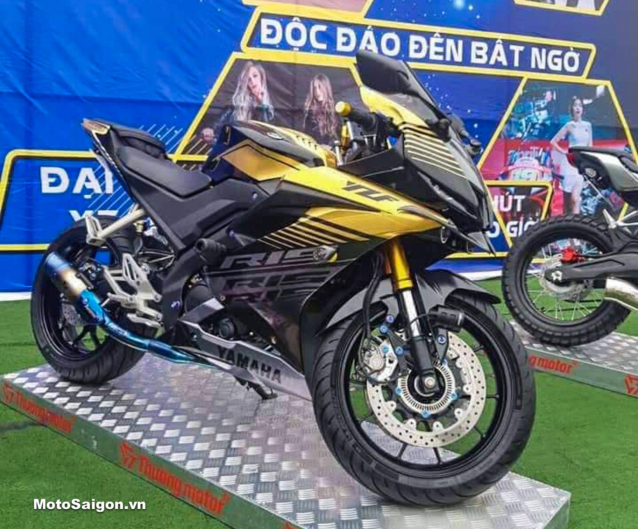 Yamaha R15 v3 ABS với gói độ 34 món đồ chơi gần 100 triệu đồng
