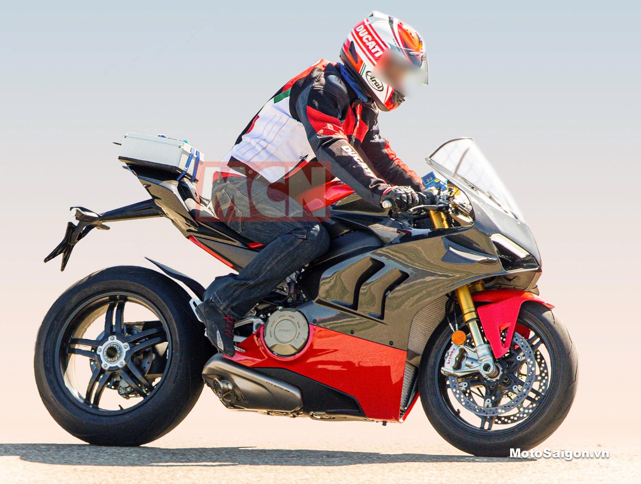 Ducati Panigale V4 Superleggera cao cấp sắp có giá bán