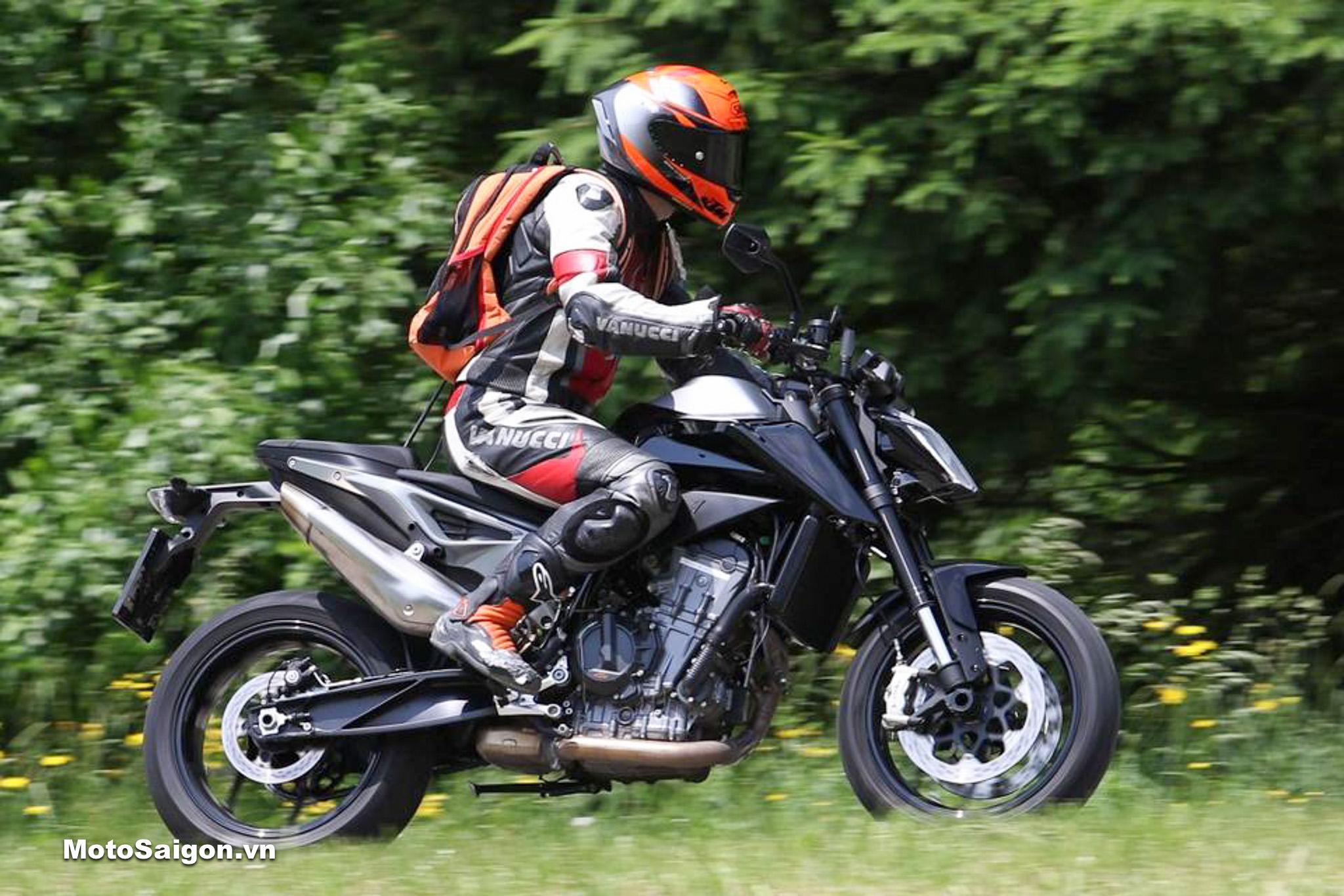 KTM 890 Duke 2020 đàn anh của 490 Duke lộ hình ảnh thực tế