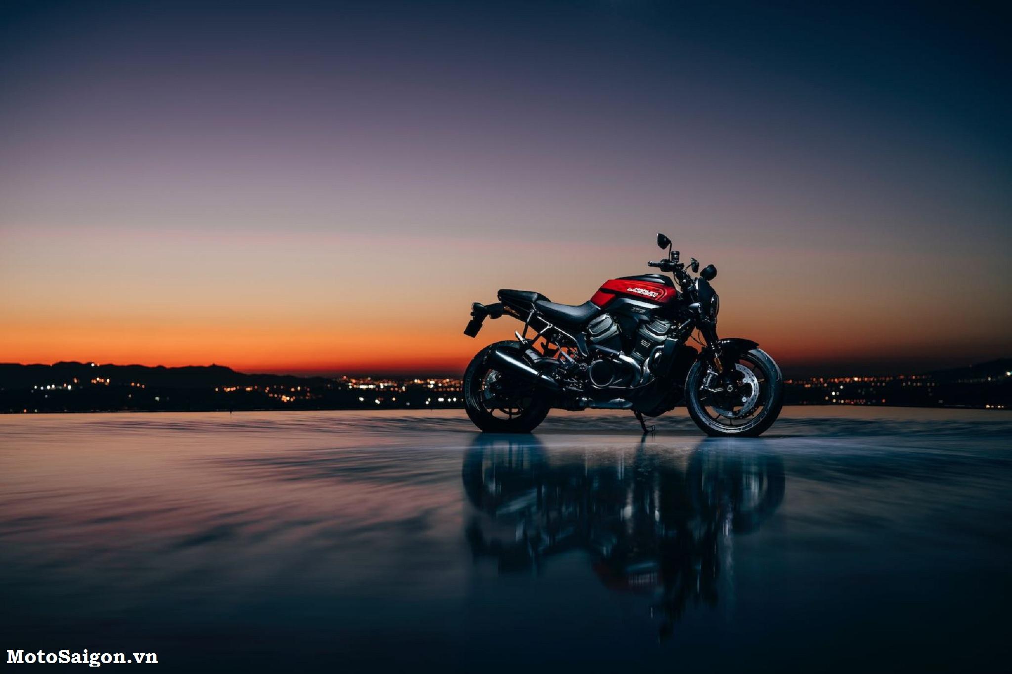 Mẫu xe mô tô Harley-Davidson Bronx Streetfighter 2021