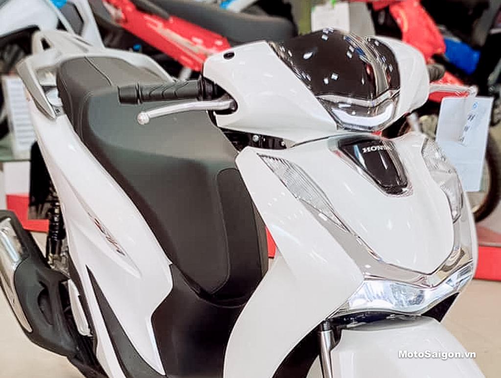 Hình ảnh Honda Sh150 2020 màu trắng đầu tiên tại Head