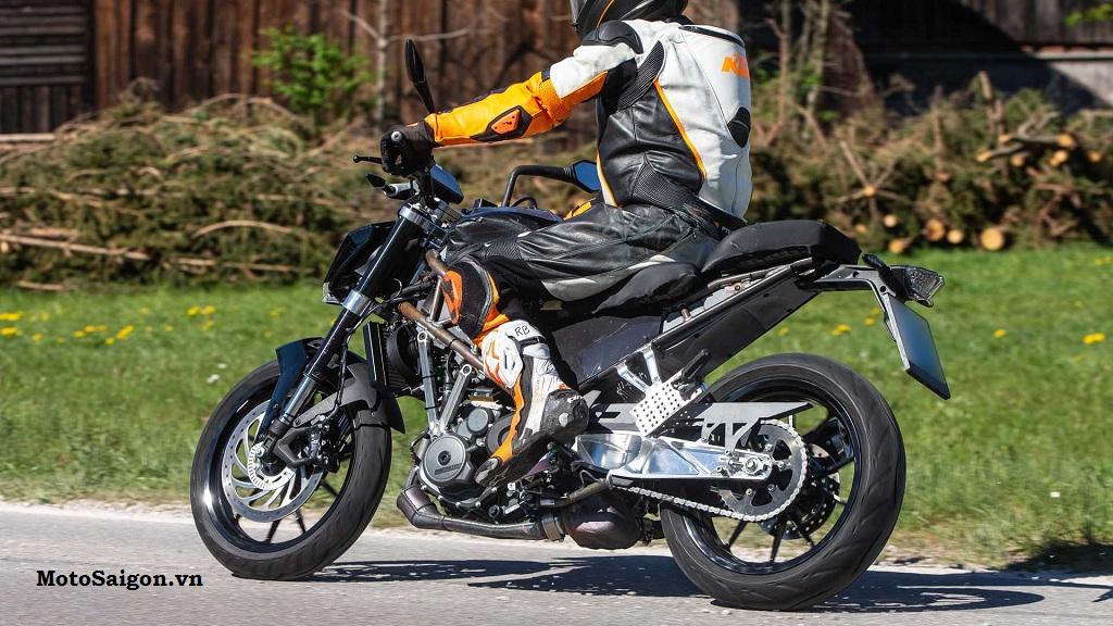 KTM 390 Duke 2021 lộ hình ảnh thực tế với nhiều thay đổi