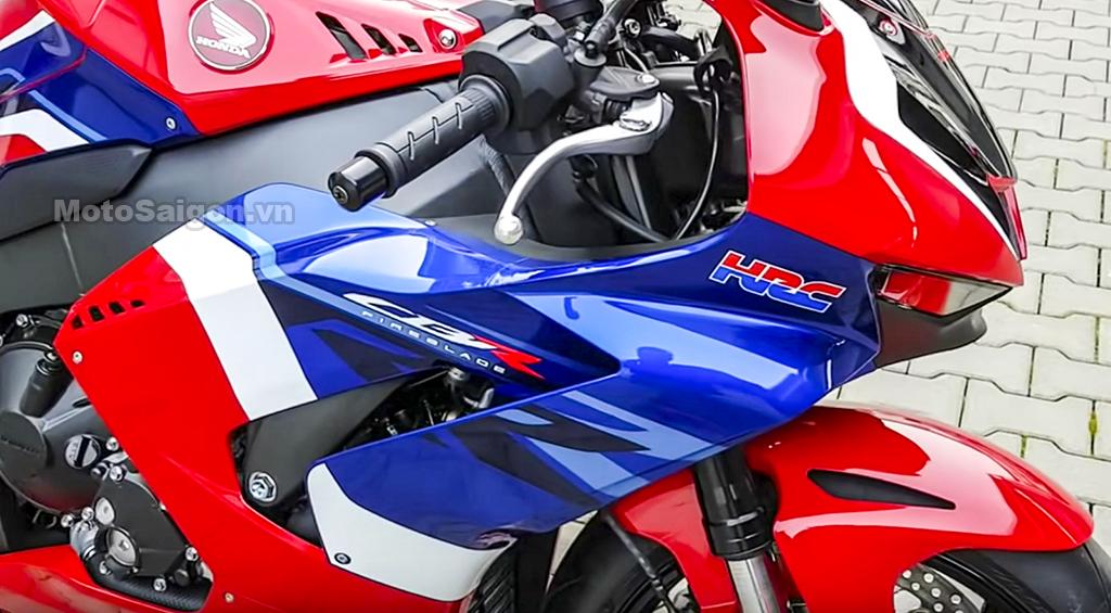 Soi thực tế Honda CBR1000RR-R 2020 bật đồng hồ nẹt pô