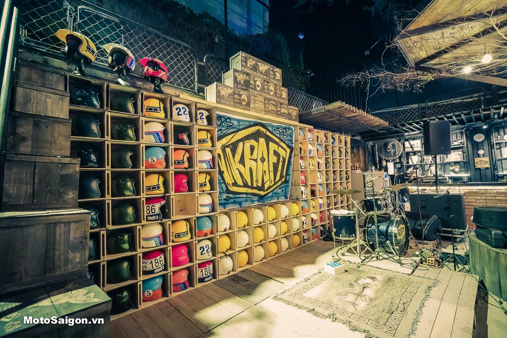 Sân khấu độc đáo của Lễ ra mắt mũ bảo hiểm KRAFT tại Café CRS Thử Đức
