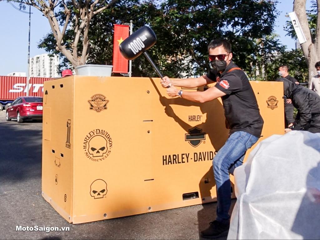 Đập thùng lô hàng Harley-Davidson màu mới 2020 bất ngờ về Việt Nam