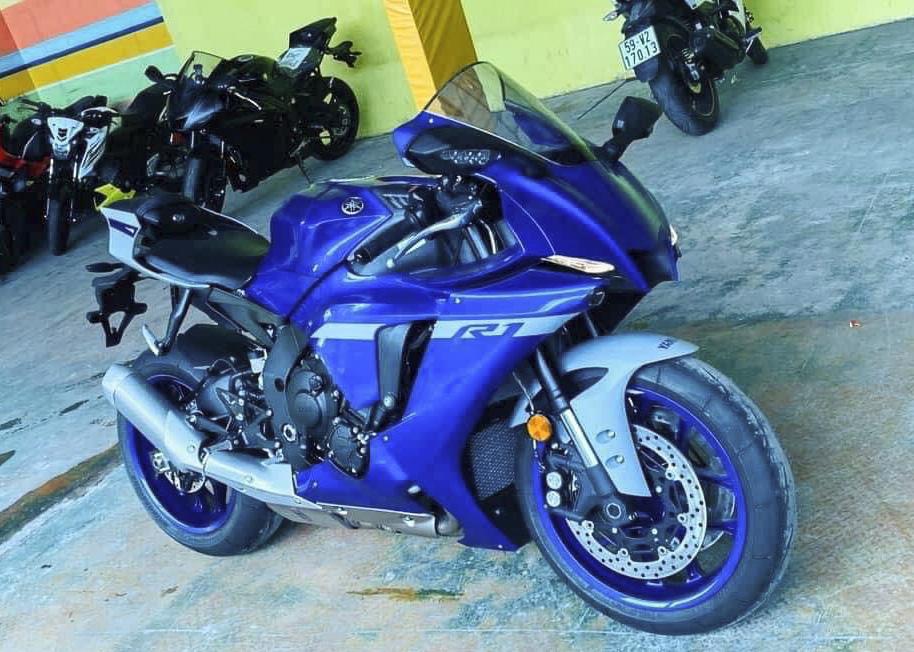 Giá xe Yamaha R6 2020 R1 2020 đã được công bố tại Việt Nam