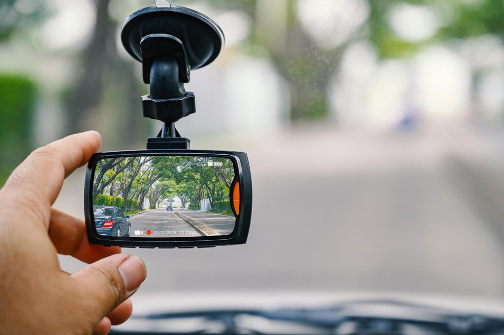 Camera hành trình có đáng lắp đặt không hay chỉ là trào lưu?