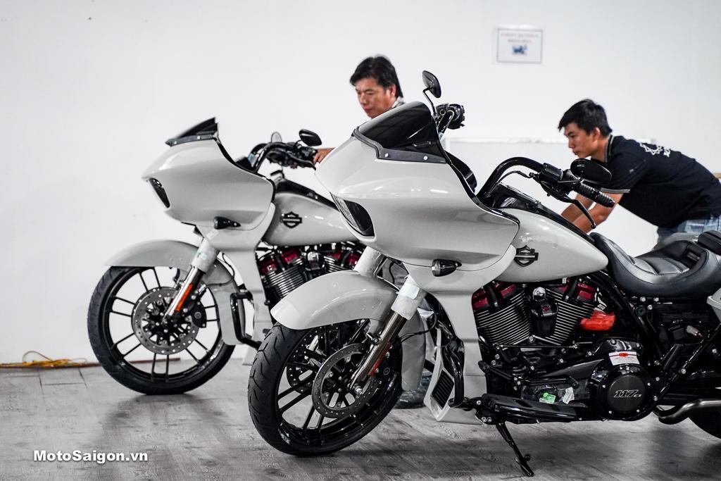 Harley-Davidson CVO Road Glide 2020 Sand Dune giá hơn 2 tỉ đồng