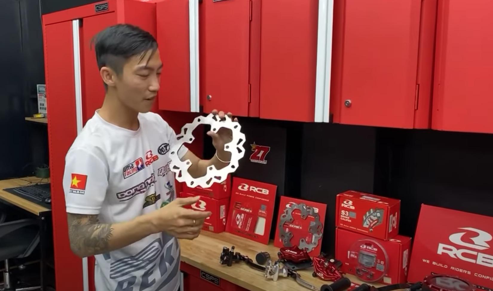 Tay đua Tô Hà Đông Nghi chuẩn bị sẵn đồ chơi độ Exciter 155 với 3 phiên bản