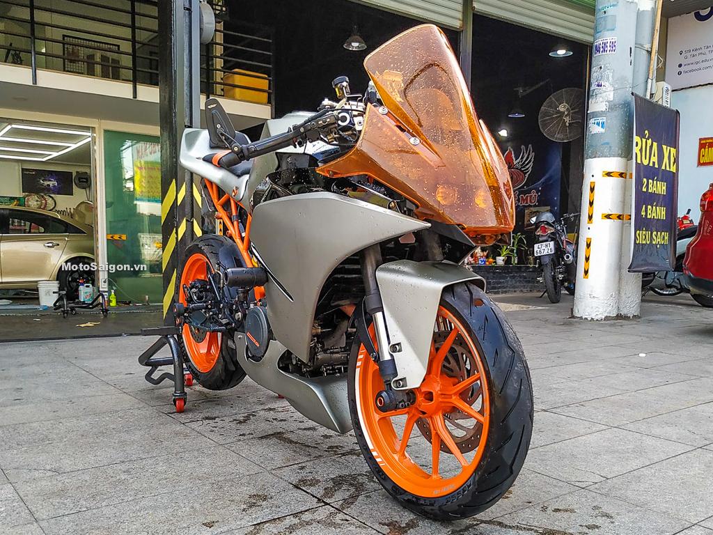 KTM RC390 độ dàn áo Racing đậm chất xe đua của biker Sài Thành