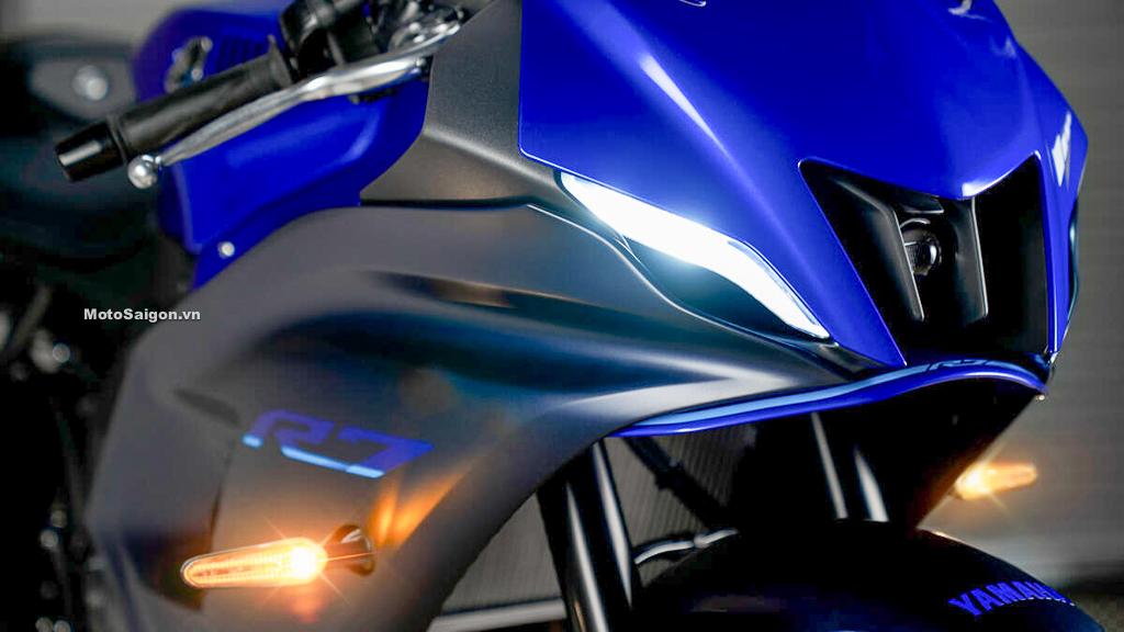 Yamaha R7 sở hữu thiết kế đầu đèn Full LED hiện đại kiểu mới