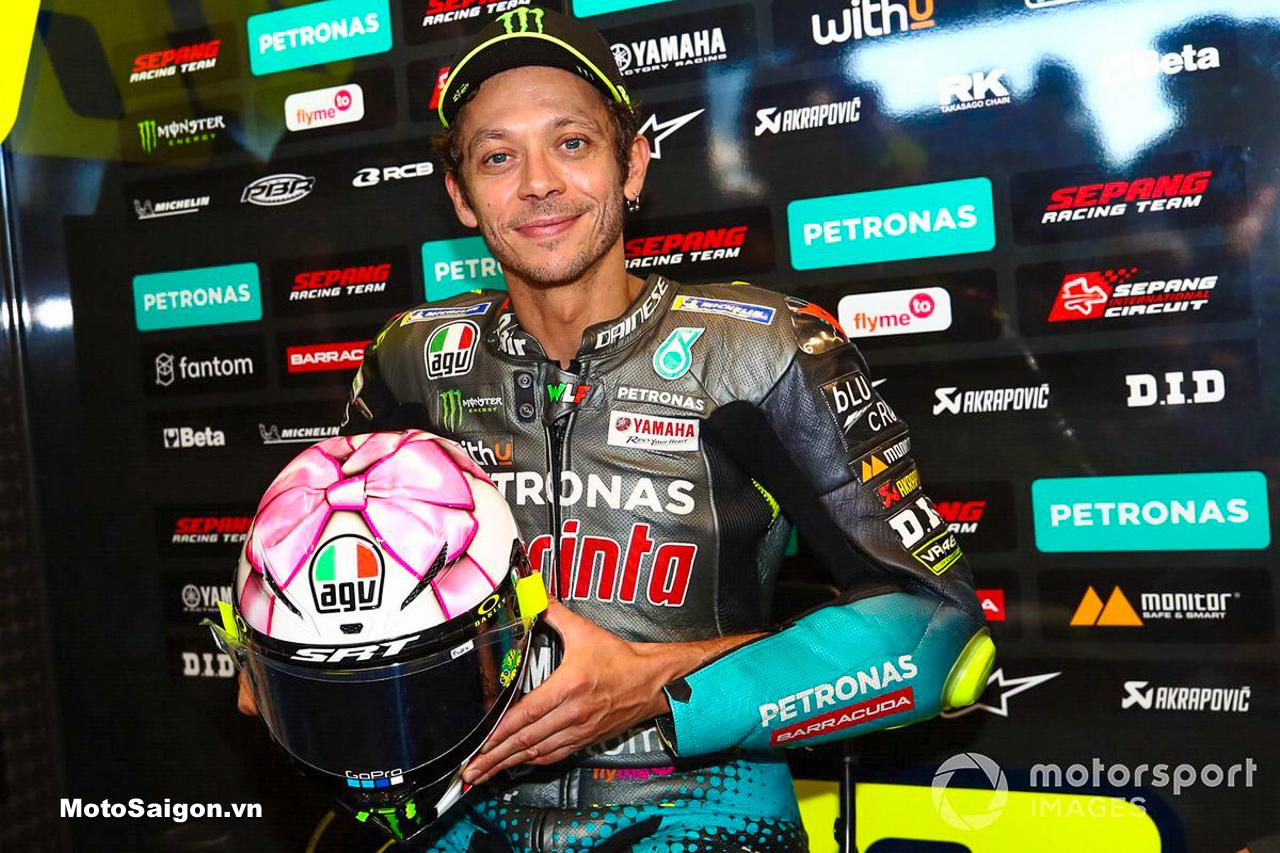 """Siêu """"kute"""" nón bảo hiểm AGV bản đặc biệt kỷ niệm con gái sắp chào đời của Rossi VR46"""