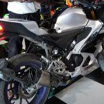 Yamaha R15M độ pô Akrapovic R1 cổ titan thử âm thanh pô