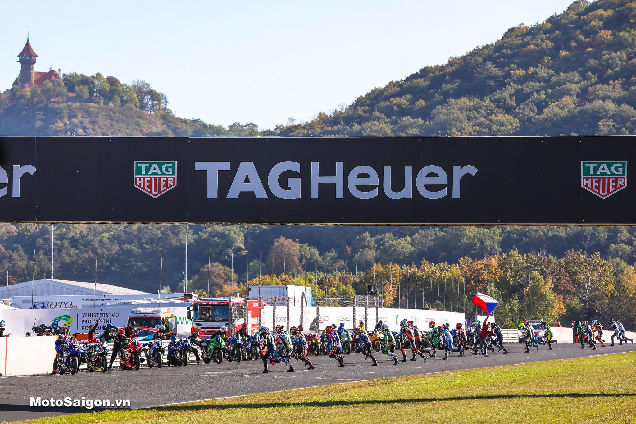 BMW M1000RR giành chiến thắng tại giải đua FIM Endurance World Championship EWC 2021