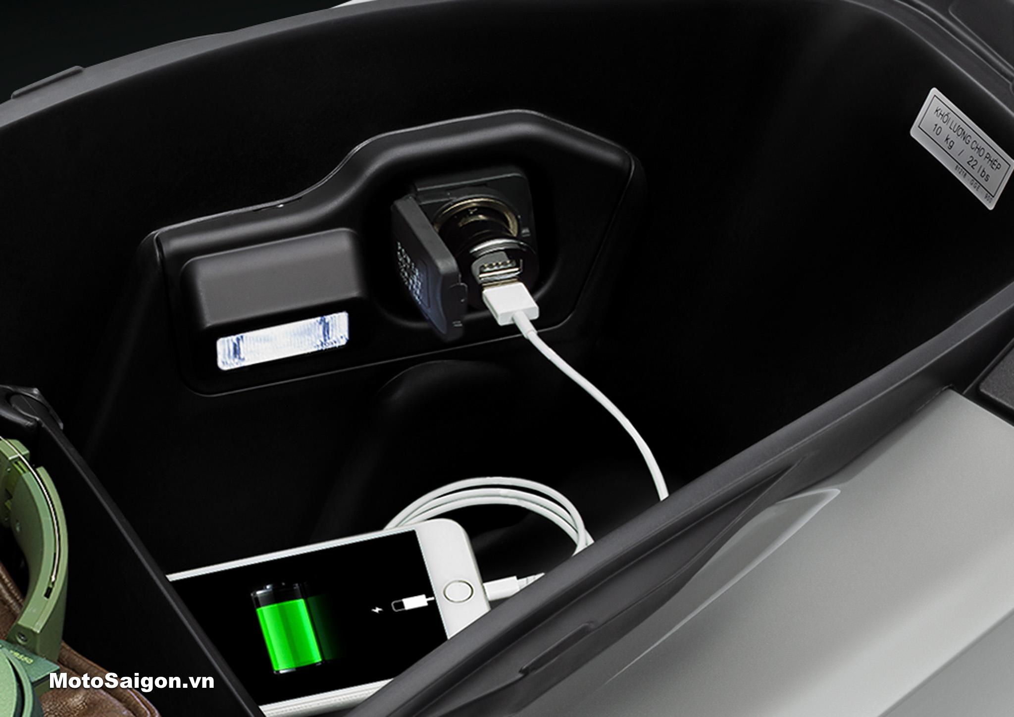 Cổng sạc USB tiện lợi - Honda Airblade 150 125 - AB150 - AB125